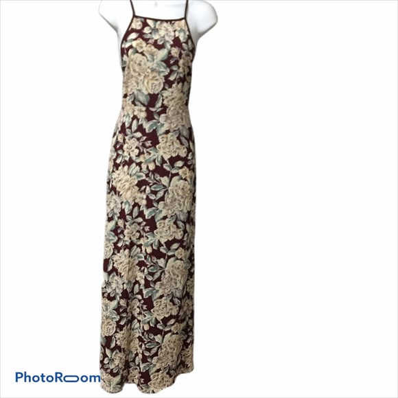 NWT Forever 21 Floral Maxi Dress